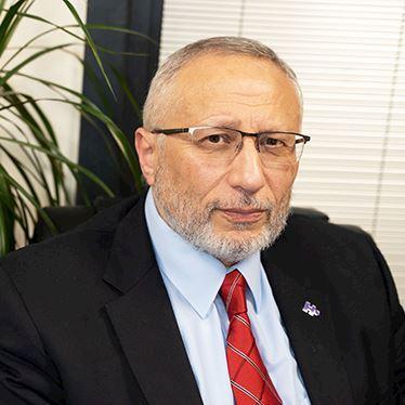 الدكتور محمد عشماوي